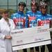 Team VELUX Isola Leca donerer kr 40 000,- til Kreft barne avd. på Sjukehuset.