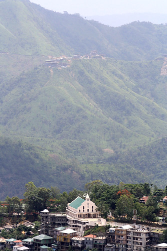 Church in the valley | by Zualteii