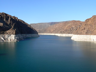 Lake mead near las vegas taken from hoover dam showing white edging due to calcium deposits where water level has dropped | by Tim Pearce, Los Gatos