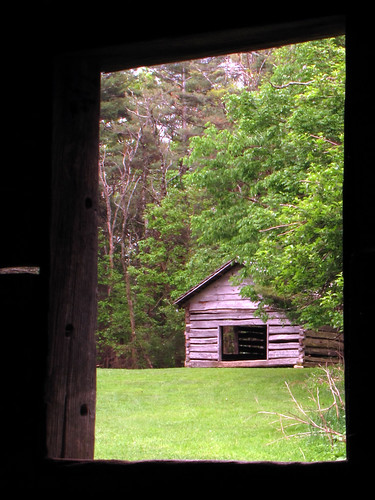 window spring may northcarolina blueridgeparkway westernnorthcarolina southernappalachians ccbyncsa canonpowershotsx10is tompkinsknoboverlook jessebrownfarmstead jessebrownscabin coolspringbaptistchurch