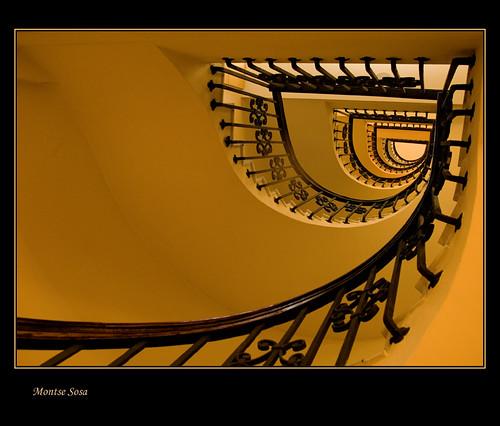 barcelona arquitectura bravo explore catalunya minimalismo cataluña cubism zuiko1454 specialtouch favemegroup8 superfaveme theperfectphotographer detailssculpturalandarchitecturaltresures