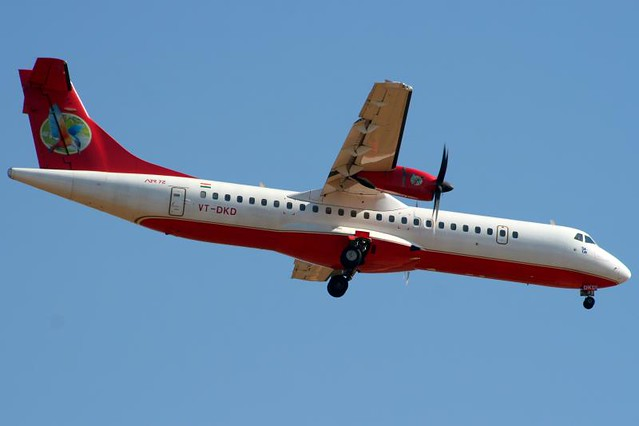 Kingfisher Red ATR72 VT-DKD