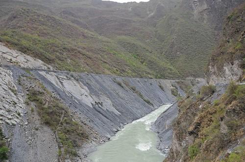 rivers uttaranchal waterbodies tehri june2008 geo:dir=1447 geo:lat=303565566666667 geo:lon=7848156 riverbasins kathiyagaon