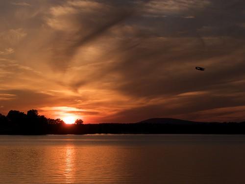 sunset airplane nc unitedstatesofamerica mooresville lakenorman