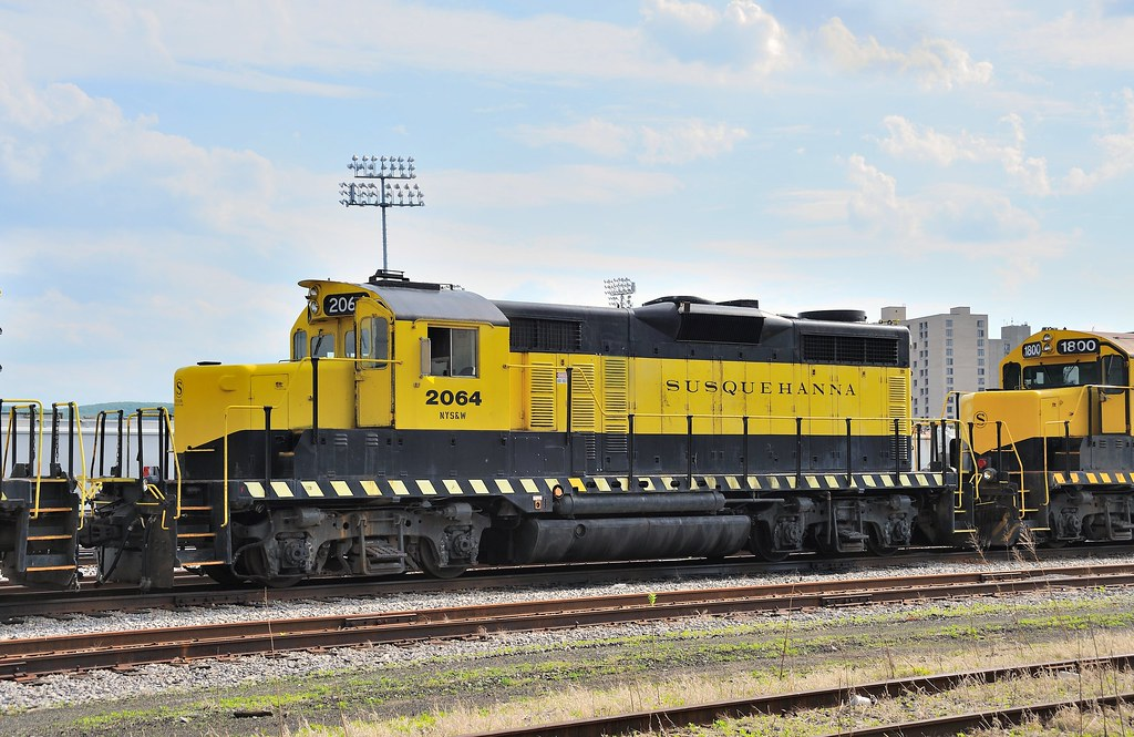 NYSW GM/EMD GP20 2000 horsepower diesel-electric locomotive 2064, Binghamton, NY, May 22, 2009. Ex-Toledo, Peoria and Western., ex-ATSF. Built in 1961.
