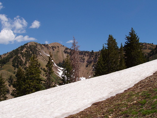 The notch between Loafer and Santaquin. Santaquin Peak is on the left, while Loafer Mountain is on the right.