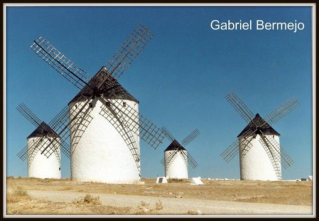 Los Gigantes de Don Quijote - Campos de Criptana - España