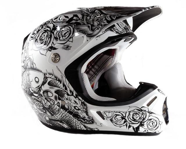 Fox Helmet Shoot 2 | Website | E-mail | Press F if you like … | Flickr