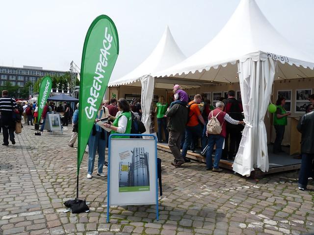 Greenpeace auf dem Kirchentag