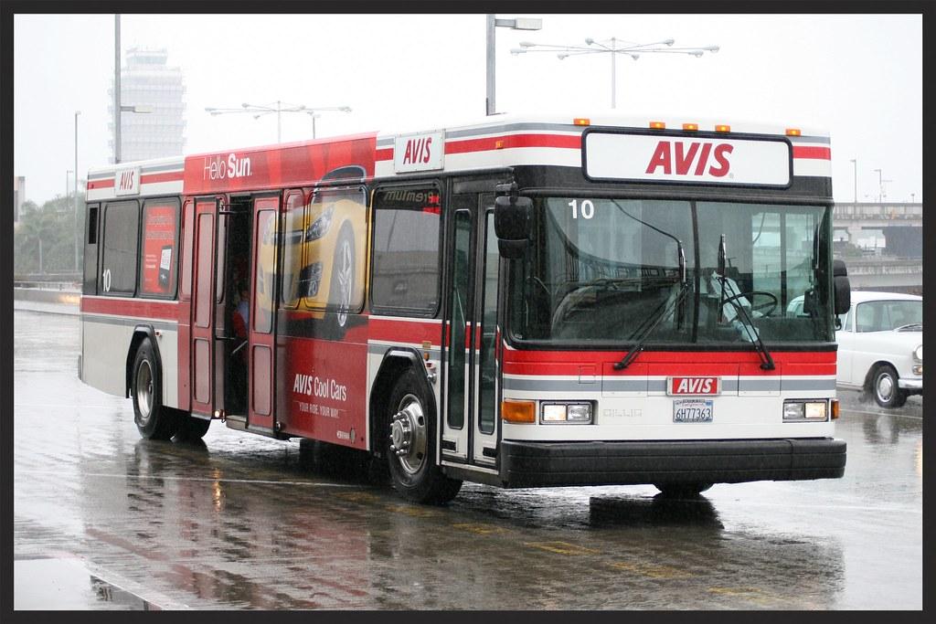 Avis rent a car shuttle bus LAX airport | An attractive Gill… | Flickr