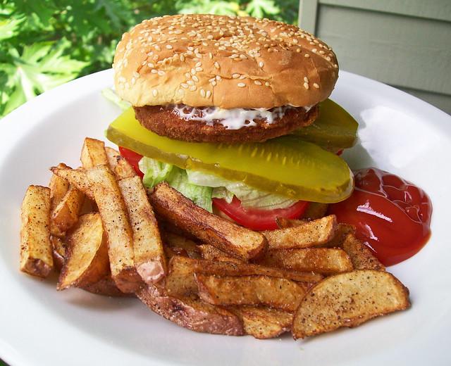 Chicken Sandwich & Fries