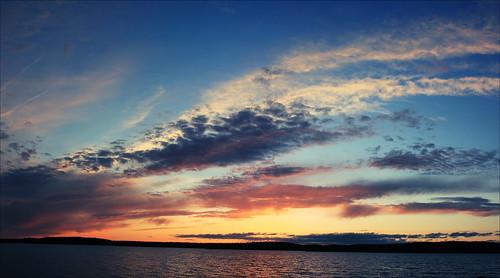sunset sky canada canon is mess cloudy pano nb newbrunswick sj usm dslr stitched ef saintjohn rothesay 24105mm 50d sjphoto nbphoto cans2s bmca