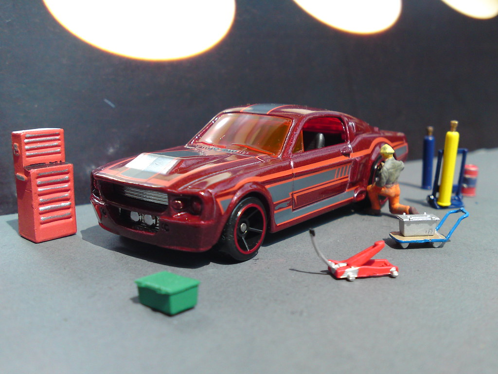 Hot wheels ford mustang 67 shelby gt 500 in the shop by