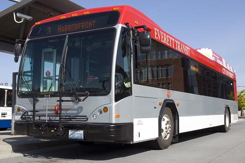 Everett Transit Gillig Hybrid B0500