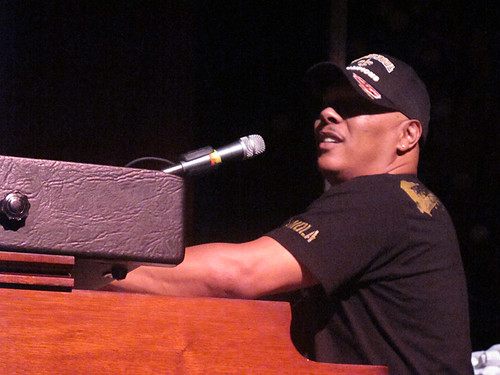 Ivan Neville puts on a killer set with Dumpstaphunk at Gulf Aid
