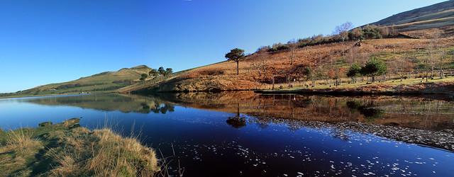 Dovestones Reservoir from Chew Brook
