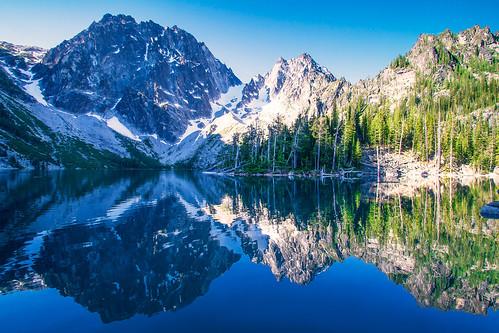 Alpine Morning *explore*
