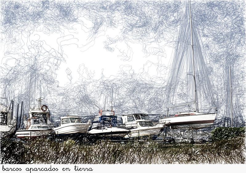 barcos aparcados en tierra
