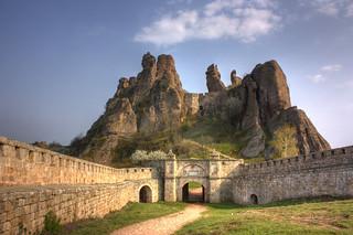 The Castle of Belogradchik   by Klearchos Kapoutsis
