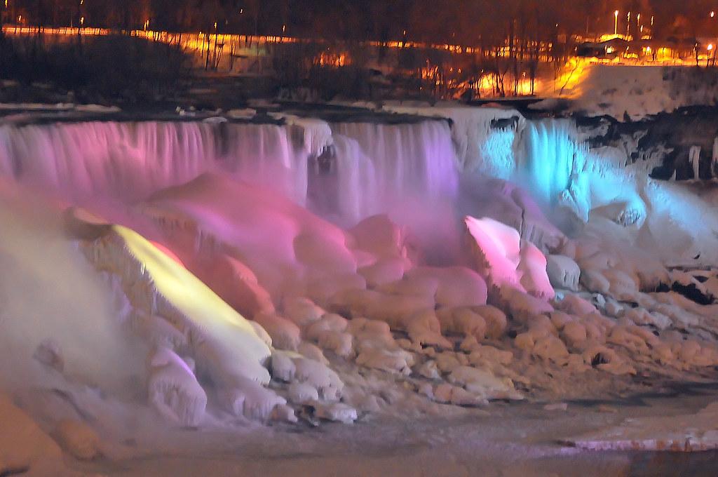 Niagara Falls Winter Night Niagara Falls In The Winter At
