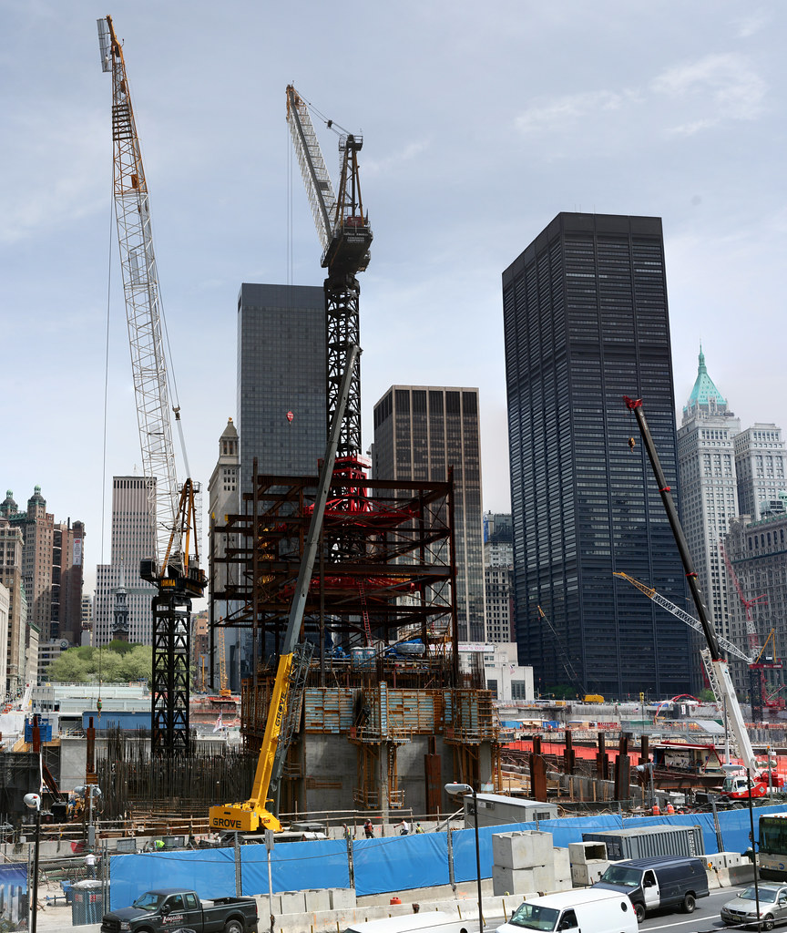 Freedom Tower   Freedom Tower construction on the site of ...