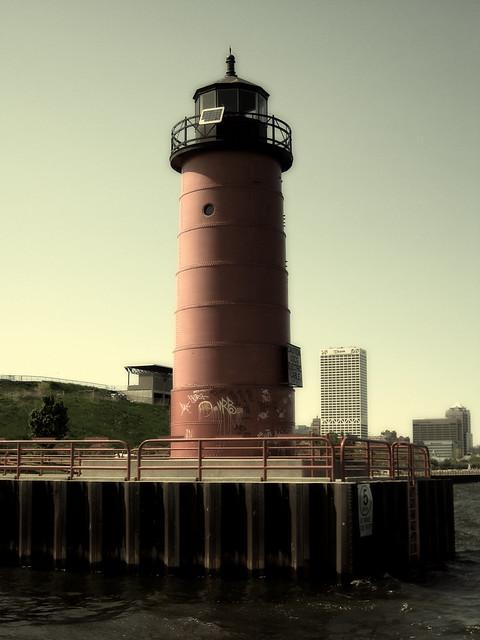 Milwaukee Pierhead Light Station
