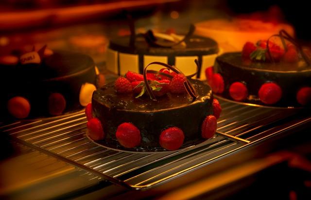 French Strawberry Chocolate Cake