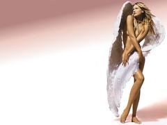 Daniela-Pestova-Angel