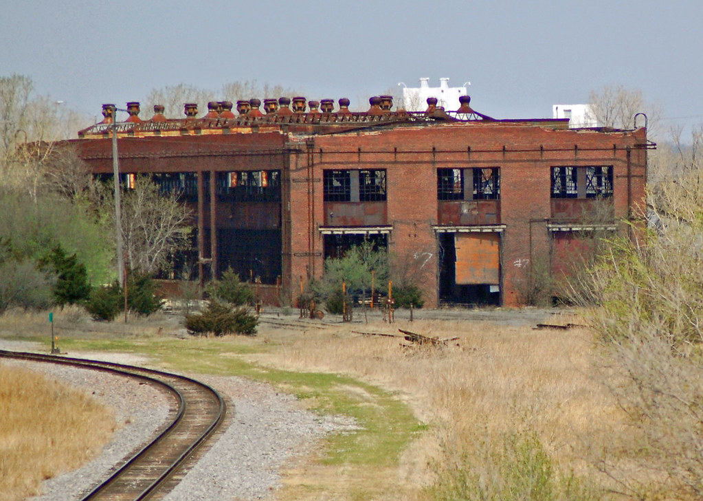 Old Rock Island Roundhouse building in El Reno   Mike D   Flickr