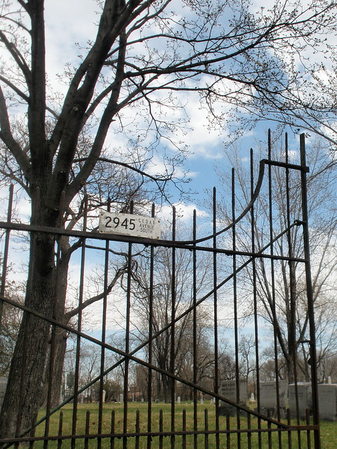 pioneers' cemetery gates, mpls MN