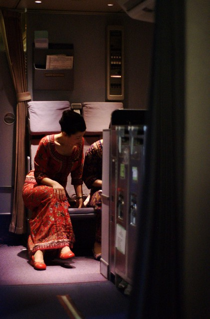 singapore airlines flight attendants - a photo on Flickriver