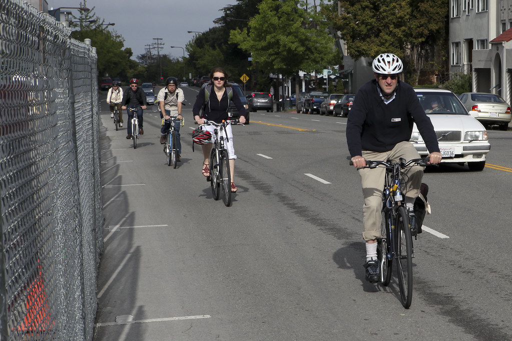 16th Annual Bike to Work Day | Bikers commute to their jobs … | Flickr
