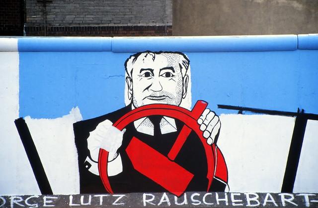 19900400 Berlin Mitte Mauer Graffiti Eastside Gallery