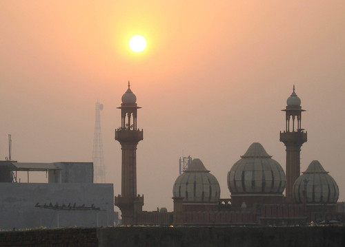 india sunrise delhi mosque paharganj theindiatree qaziwali