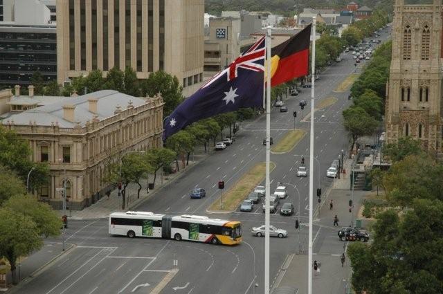 Adelaide bendy bus