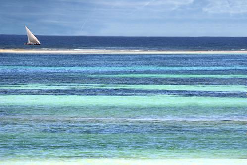 Ocean of colours - Das Farbenmeer   by Daniela Hartmann (alles-schlumpf)