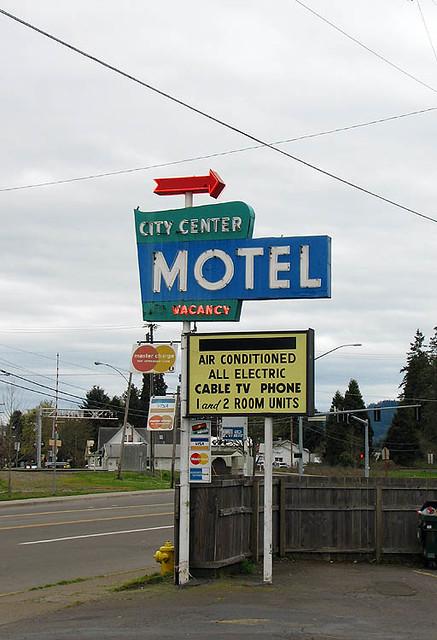 Magnificent City Center Motel Cottage Grove Oregon Simple Neon Sign Download Free Architecture Designs Scobabritishbridgeorg