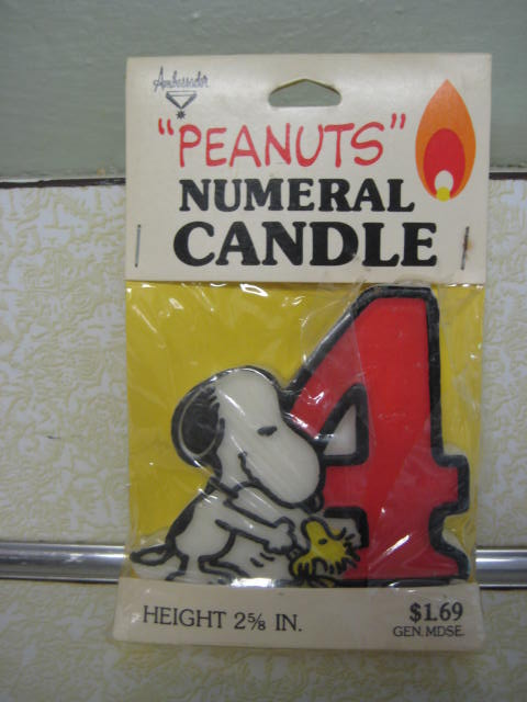 VIntage Snoopy Peanuts birthday candle numeral 4 four