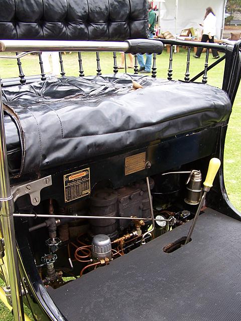 1901 Locomobile engine