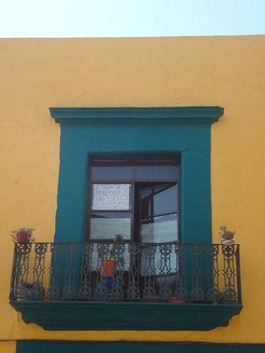 balcón anunciante