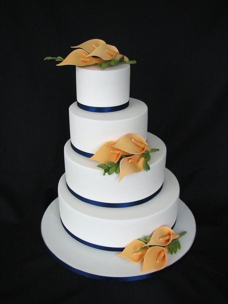 Oriental Lilli Wedding Cake Sugar Lillies And Leaves On Of Flickr