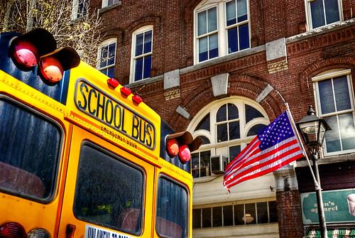 school usa bus geotagged us vermont flag newengland schoolbus starsandstripes montpelier geo:lat=44259692 geo:lon=72575694