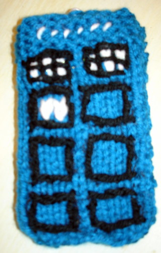 My Knitted TARDIS iPod Cozy | by linuxchic