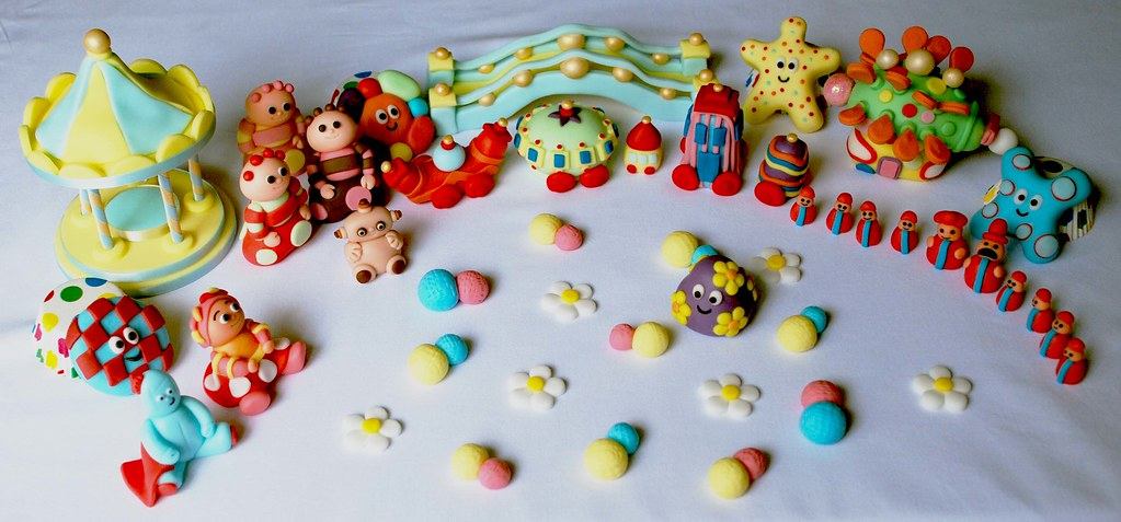 Strange In The Night Garden All Characters Edible Birthday Cake To Flickr Funny Birthday Cards Online Sheoxdamsfinfo