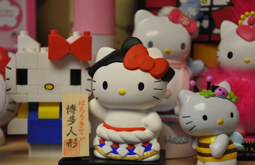 Ceramic Sumo Hello Kitty direct from Tokyo w/ friends...
