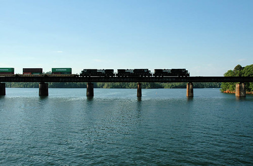 railroad travel bridge water photo photos southcarolina bridges span clemson bridging 200505 bridgepixing bridgepix bridgeblog hartwelllake