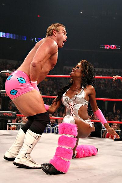 Wrestling Ball Grab