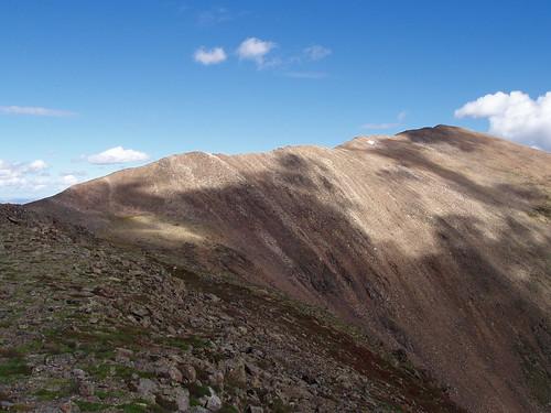 The final 500 ft. ridge toward the summit of Mount Elbert.