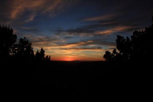 light sunset usa newmexico santafe dark desert nm godsowncountry mounyains