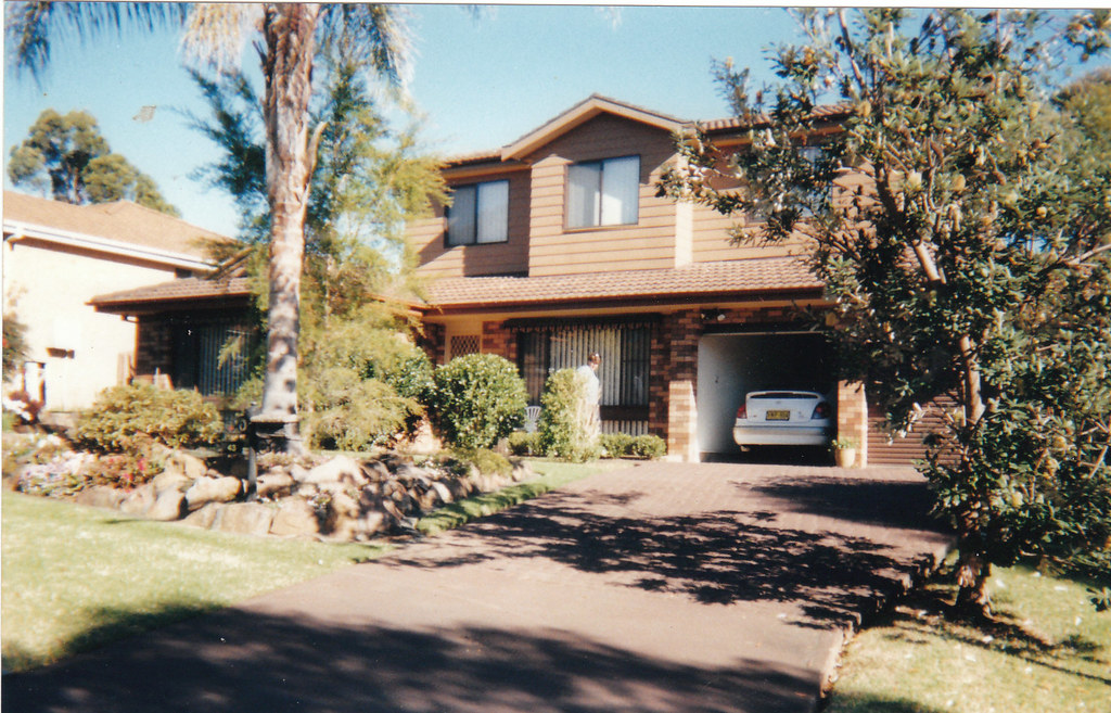 Family home in Ambarvale NSW, 1999